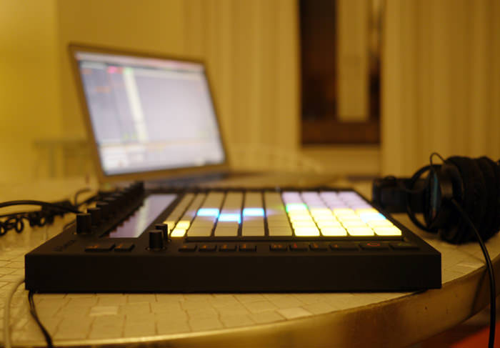 ableton_push_on_table